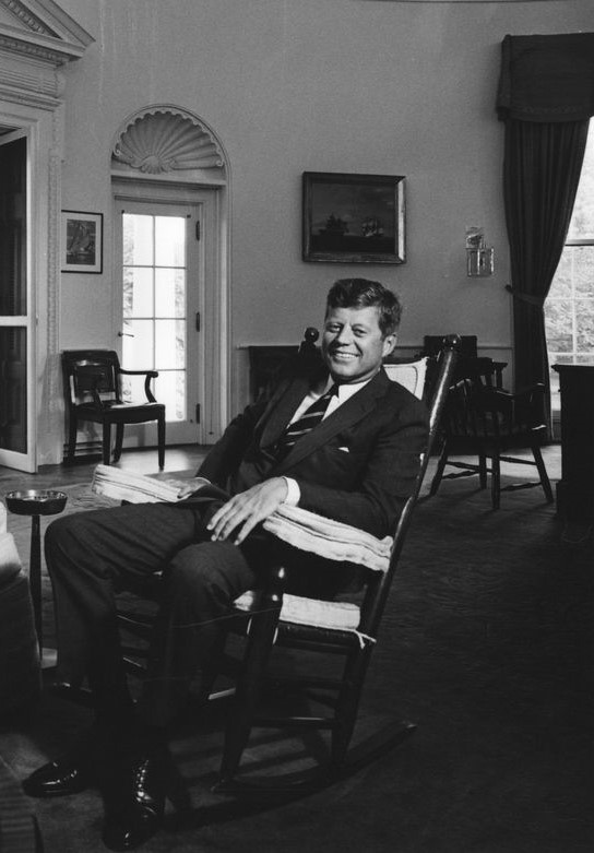 President_John_F._Kennedy_with_Minister_of_Finance_of_India,_Morarji_Desai